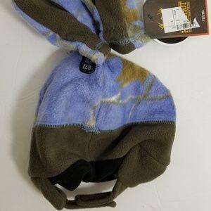 d887a4f93ca Realtree Accessories - Little Doe Realtree Girls Winter Hat   Mittens Set